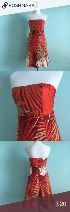 GAP Tropical Dress Orange, red and tan dress with tropical leaf print. Some stretch. Comfortable and great for vacation! Size 4. Like new. GAP Dresses Strapless
