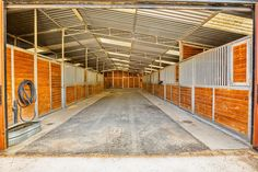 Horse Stables at 7585 O'Donovan Rd in Creston, CA