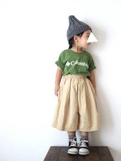 ColumbiaのTシャツは色味が絶妙大きめサイズをゆるっと着てます スカーチョ合わせや