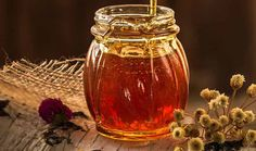 There are 5 types of herbal honey preparations described in this post - infusion, syrup, paste, lozenges and mead. Each one offers health benefits. Vitex Agnus Castus, Buy Honey, Natural Honey, How To Make Tea, Tips Belleza, Low Carb Keto, Deli, Health Benefits, Honey