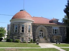 The Clyde Public Library is located at 222 West Buckeye Street in Clyde, Ohio (Sandusky County).