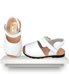 Spanish baby clothes | baby shoes | Menorquinas sandals