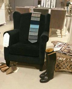 Onze banken en fauteuils zijn in vele kleuren en maten leverbaar.