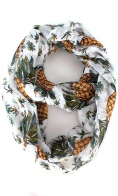 Lightweight, semi-sheer infinity scarf with pineapple and palm tree print. Grunge Hipster, Pretty Outfits, Cute Outfits, Summer Outfits, Pineapple Palm, Pineapple Clothes, Im So Fancy, Palm Tree Print, Summer Scarves