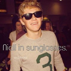 What Directioners Love: Niall Horan in sunglasses
