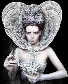 'The White Queen' (2011) Wonderland Series, Kirsty Mitchell Photography