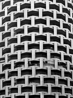Textural weave patterns in architecture, like woven textiles // Abu Dhabi