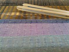 Hanna hurahti: Kudonta Rugs, Home Decor, Farmhouse Rugs, Decoration Home, Room Decor, Home Interior Design, Rug, Home Decoration, Interior Design