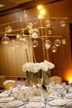 Centre de table verre et blanc
