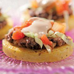 ~~Black Bean Sopes recipe from Sandra Lee via Food Network~~ Mexican Food Recipes, Vegetarian Recipes, Ethnic Recipes, Yummy Recipes, Mexican Meals, Snacks Recipes, Mexican Dishes, Recipies, Sopes Recipe
