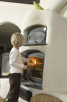 Stove Paint, Passive Design, Chiminea, Tadelakt, Natural Building, Earthship, Foyer, Home Appliances, House Design