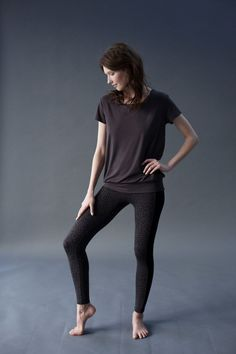 Our Smooth You Tee in Storm Grey paired with our Flow With It Leggings in Leopard Print.