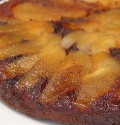 Gâteau renversé poires-chocolat : la recette facile