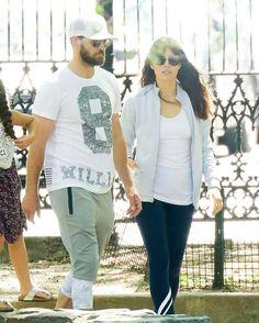 Jessica Biel and Justin Timberlake in a playground in Tribeca  #wwceleb #jessicabiel #justintimberlake