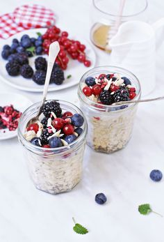 overnight oatmeal // these are so yummy for springtime!