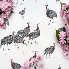 Pretty in pink. #wallpaper #wallcoverings #guineafowl #guineafowlwallpaper #pink #metallic #birds #blossom #flowers #spring #colour #design #detail #illustration #inspiration #interiordesign #homedecor #luxury #lifestyle