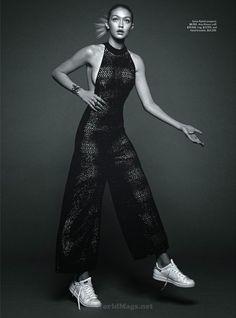 Vogue Australia June 2015 Model: Gigi Hadid Photographer: Benny Horne Stylist: Natasha Royt Gigi Hadid By Benny Horne For Vogue Australia Party Fashion, Fashion Shoot, Editorial Fashion, Fashion Models, High Fashion, Fashion Beauty, Gigi Hadid Style, Party Mode, Angeles