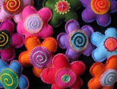 felt brooches - Bing Images