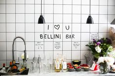 Partybrunch á la Eklund (Linn Eklund) Kitchens And Bedrooms, Home Kitchens, Bellini Bar, Life Is Beautiful, Beautiful Things, Carpe Diem, House Party, Kitchen Interior, Table Settings