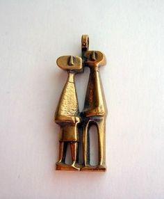 Jorma Laine for Kaunis Koru ~Vintage, modernist couple pendant, in cast bronze, 1960's.