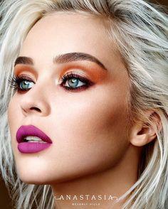 Modern Renaissance Palette and Madison liquid lipstick ✨ #BrowWiz in Soft Brown…
