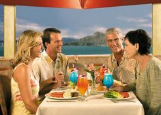 Dine in style on the Star of Honolulu