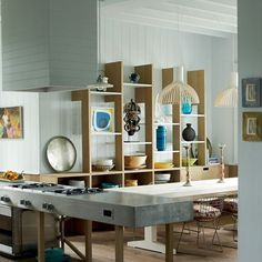 ADORE this from British HG See all our stylish kitchen design ideas, including this bespoke kitchen in a Cap Ferret beach house, made for all the family to gather in. Kitchen Design Gallery, Kitchen Cabinet Design, Kitchen Cabinetry, Home Decor Kitchen, Kitchen Interior, Kitchen Ideas, Small Kitchen Redo, Kitchen Black, Cocinas Kitchen