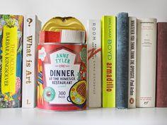 Libros enlatados en latas de sopa de tomate | No me toques las Helvéticas | Blog sobre diseño gráfico y publicidad