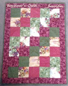 Beginner's Quilt Tutorial | JaimeSews. This is one layout for a Trip Around the World pattern.