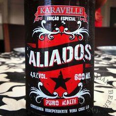 Cerveja Karavelle Ed. Especial Aliados, estilo Standard American Lager, produzida por Cervejaria Karavelle, Brasil. 4.5% ABV de álcool.
