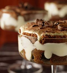 My Desserts. How to make Chocolate Cakes, MaCaRons, Cheese Cakes: Tiramisu Recipes on imgfave Chocolate Lindt, Chocolate Tiramisu, Chocolate Recipes, Tiramisu Cake, Chocolate Cakes, Chocolates, My Dessert, Eat Dessert First, Köstliche Desserts
