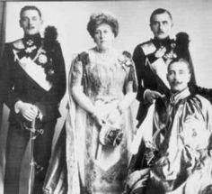 Beatrice and her sons.