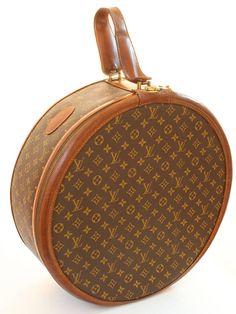 330d77ff5d3 Louis Vuitton Monogram Round Hat Box Boite Chapeaux 50cm French Company  1970s Rare Vintage Travel Bag
