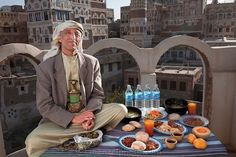 23 Photos Of People From All Over The World Next To How Much Food They Eat Per Day - Dose - Your Daily Dose of Amazing