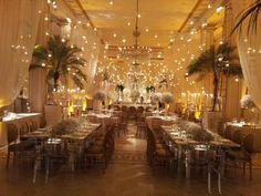 Salão preparado para festa de casamento - ballroom prepared for a wedding ball