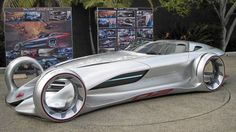 Mercedes' Silver Lightning is a sleek, low-slung speedster, piloted by two crash-test dummies who want to save their car from destruction at the hands of the evil Dr. Crash-Barrier.