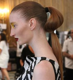How to give your pony a catwalk worthy update in an instant  -  And it's super easy too!