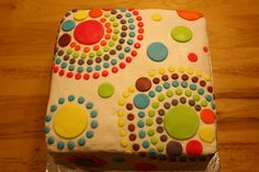"Thirty One cake ""Circle Spirals"" pattern"