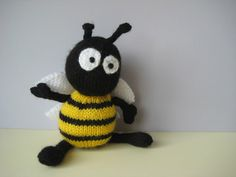 Bumble the Bee toy knitting patterns by fluffandfuzz on Etsy https://www.etsy.com/listing/214829248/bumble-the-bee-toy-knitting-patterns