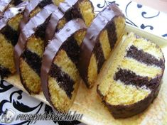 Hungarian Desserts, Hungarian Cake, Hungarian Recipes, Hungarian Food, Sweet Cookies, Cake Cookies, Cake Decorating Videos, Hot Dog Buns, Delicious Desserts