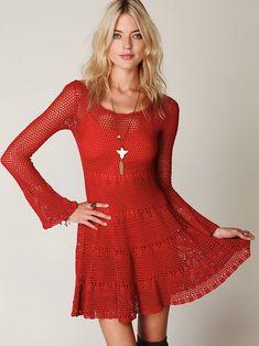 Красное платье крючком из каталога Free People осень 2011: Вязание крючком и спицами