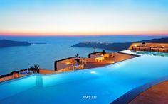 Grace <b>Santorini</b> hotel - <b>Santorini</b>, Greece - Smith Hotels Santorini Grecia, Santorini Hotels, Santorini Sunset, Santorini Travel, Cool Swimming Pools, Best Swimming, Beautiful Hotels, Beautiful Places, Stunningly Beautiful