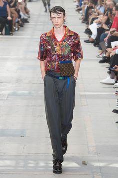 Louis Vuitton Spring 2018 Menswear Collection Photos - Vogue
