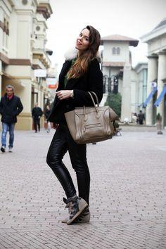 Fidenza Village: una giornata di shopping sfrenato per i saldi! - Irene's Closet - Fashion blogger outfit e streetstyle Irene, Shopping