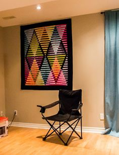 This beautiful wall hanging was done in 1993 by Caryl Bryer Fallert and it is quite big and selling for a good buck, but when I finally tri. Quilt Block Patterns, Pattern Blocks, Quilt Blocks, Geometric Quilt, String Quilts, Contemporary Quilts, Quilted Wall Hangings, Scrappy Quilts, Small Quilts
