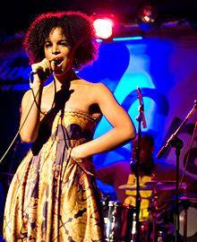 laura izibor beautiful voice and lyrics