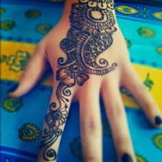 Henna design at a bridal shower. An incorporation of Indian and Arabic styles.