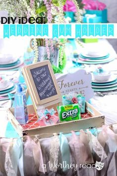 Brides, this is a wedding party favor you must have at your wedding! Wedding Gum Holder DIY & Wedding Tablescape Idea #GIVEEXTRAGETEXTRA #Target {ad}