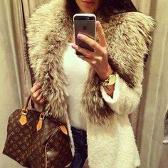 Faux fur jacket, white cream jacket, gold watch, louiv vuitton bag, sleek, chique, outfit