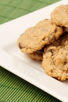 Forever Fresh #Cookies #Recipe with Cornflakes, Oatmeal, Coconut, Walnuts, and Chocolate Chips!
